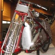 Австрия-2009. Музей паровозов и разной техники. Такой должна быть шипованная резина