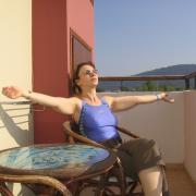 и солнце тоже есть. В Греции все есть.